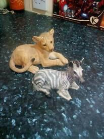 ANIMAL STATUE'S