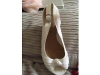 White new look wedges size 5