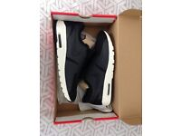 Brand new Women Size 7 Nike Air Max
