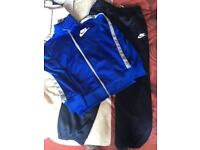 Nike tracksuit age 10-12 years.