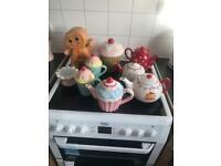 Kitchen bundle ,teapots and cupcake cookie jara