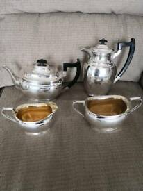 Lovely vintage art Deco style silver plated tea set