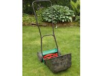 Qualcast Panther 30 Manual Lawnmower - with collection box