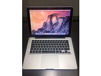 Apple MacBook 13-inch, Late 2008 model. Memory 4GB upgraded. Storage 500 GB upgraded. New keyboard.