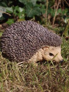 Igel Baby lebensecht lebensgroß Garten Deko Tier Figur WILD  WALD HOTANT NEU
