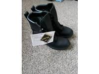 Gortex army boots