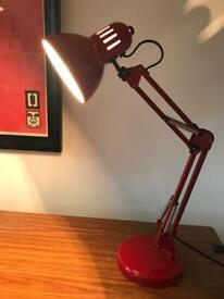 BEAUTIFUL RED METAL ANGLEPOISE STYLE DESK TABLE LAMP