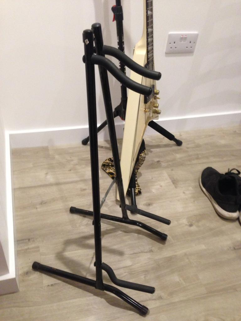 Guitar stand collapsible portable