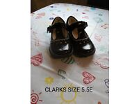 Black girls clarks shoes with lights 5.5E