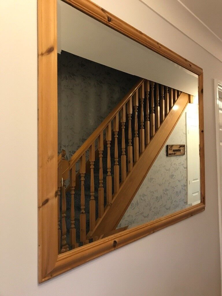 Very LARGE mirror IMMACULATE CONDITION hallway, living room, bedroom