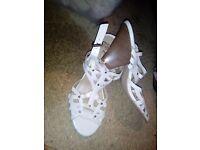white sandals vgc 6