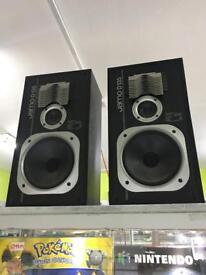 Jamo D135 Speakers