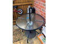 Garden table for salem pick up from Beeston