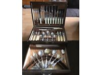 Sheffield vintage cutlery see in wooden box