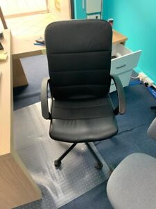 Office furniture for sale.(office chairs and tables)