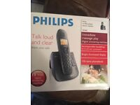 PHILIPS CORDLESS PHONE WITH ANSWERING MACHINE IN BOX