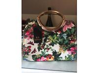 Ladies hand bag Brand New