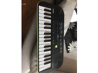 Casio - keyboard lime green (mini)