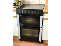 Grab yourself a bargain! Nearly new electric Belling oven.