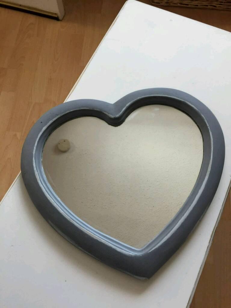 Mirror... Heart shaped
