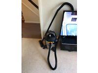 Titan wet and dry vacuum cleaner