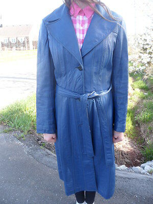 Vintage 1970's Women's Blue Leather Coat International Fashion Embassy Canada