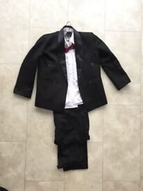 Boys (Age 11-13 year old) Tuxedo with shirt & bow tie