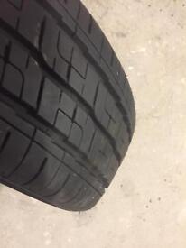 215 65 16 c tyre as new. Avon av11
