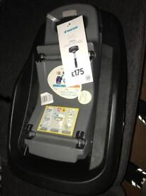 Maxi cosi family fix base for child's car seat