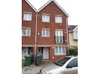 5 Bed House part furnished Thamesmead. With 2 shower rooms and 1 bathroom.