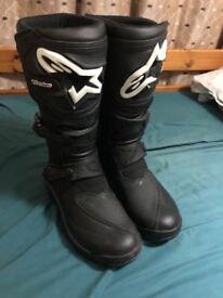 Alpinestars size 10 boots