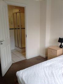 Double en suite, All bills included. Modern, warm houseshare, near UEA