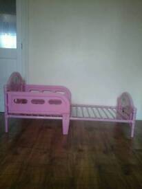 Childs Bed Pink Minnie Mouse