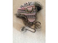 Trapper style warm hat almost new