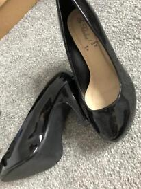 Women's heels size 5:6