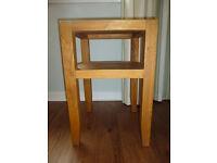 Lamp table, solid Oak