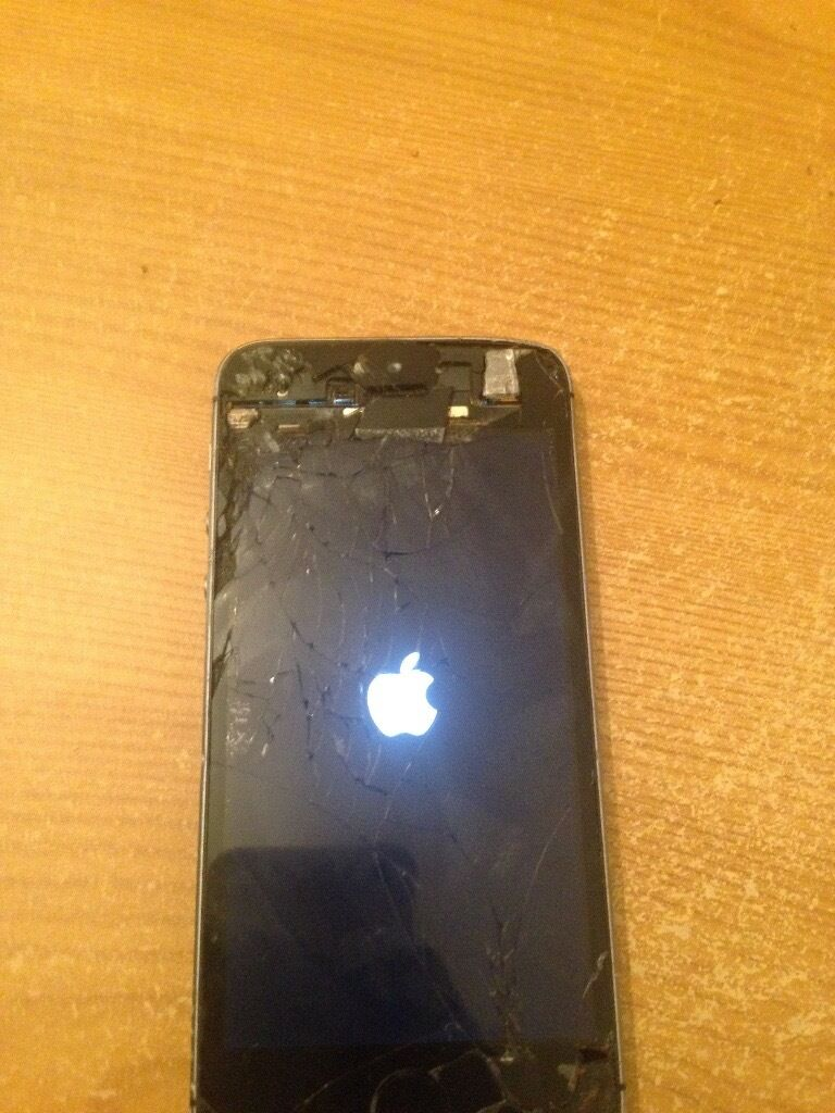 iPhone 5s unlocked to all networks cracked screenin Stratford, LondonGumtree - IPhone 5s grey 16GB. Cracked screen but still works just need repair. Thats what the price is cheap. Not stolen!
