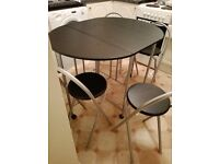 BRAND-NEW butterfly dining table 4 chairs