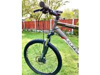 """Carrera Vengeance Mountain Bike **Front Suspension***Disc Brakes**XL 22"""" Frame VERY GOOD CONDITION"""