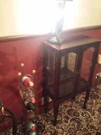 Display cabinet for sale can deliver