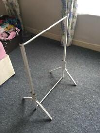 Small clothes rail