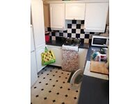 2 bedroom property for rent 2 min walk from the train station unfurnished 1075pcm