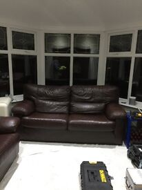 LEATHER 3 SEATER SOFA & MATCHING CHAIR CHOCOLATE BROWN