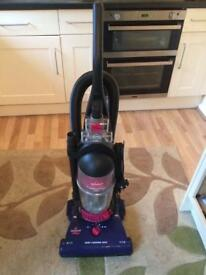 Bissell bagless upright vacuum cleaner good full working condition