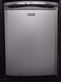 HOTPOINT UNDER COUNTER SILVER FREEZER + FREE BH ONLY POSTCODES DEL+FREE 3MTH GUARANTEE