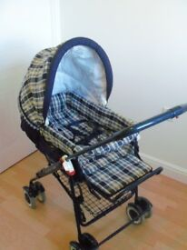 Mamas & Papas Carisma 3 in 1 combination Pram, Pushchair & Carrycot.