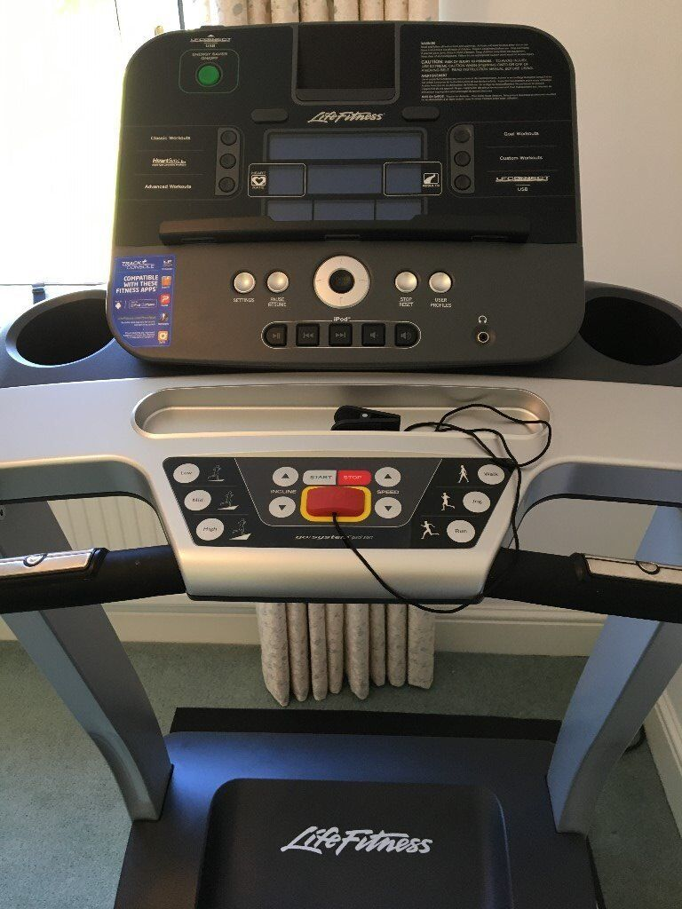 life fitness t3 treadmill running machine with go console in cowbridge vale of glamorgan. Black Bedroom Furniture Sets. Home Design Ideas