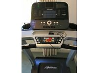 Life Fitness T3 Treadmill / Running Machine with Go Console