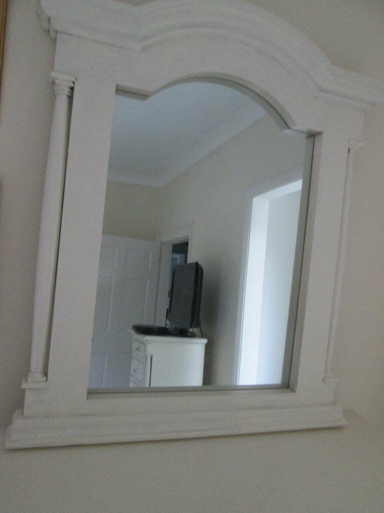 Shabby Chic Bedroom Mirror Cantgerbury Oak Shabby Chic Bedroom Mirror With Column Design In