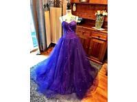Stunning Prom Dress/Ballgown £200 ono